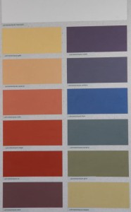 Den Vega Lehmstreichputz gibt es in weiß und in 12 Farbtönen